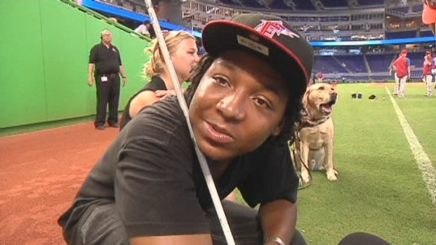 [MI] Blind Students Tour Marlins Park, Experience Game