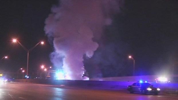 [MI] RAW VIDEO: Fiery, Wrong-Way Wreck on I-95