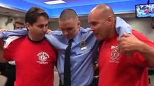 [MI] Hollywood Firefighter Walks Again After Accident