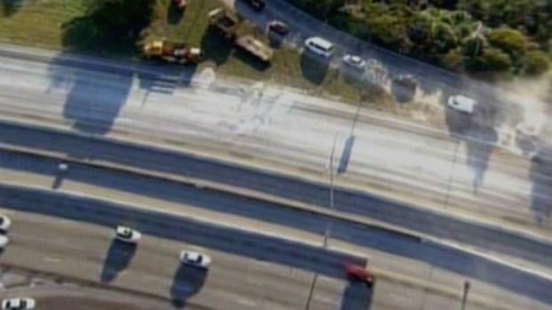 [MI] Raw Footage: Gravel Spill Snarls I-95 Traffic in Miami-Dade