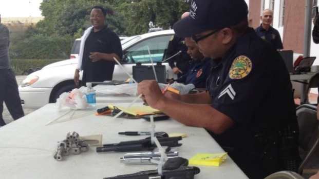 [MI] Police Trade Gift Cards for Guns in Miami Buyback Event