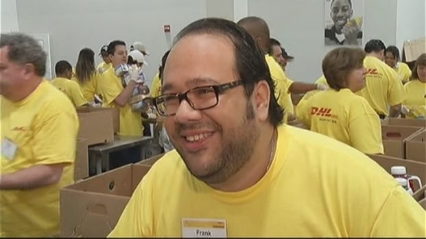 [MI] South Florida Workers Provide Food for Hungry Children
