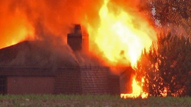 [CHI] Lightning Blamed for Lemont House Fire