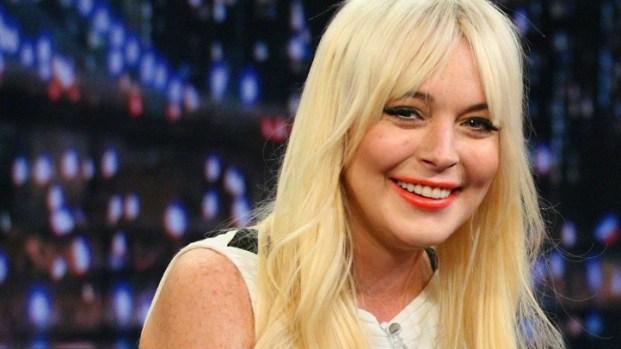 [NEWSC] Lindsay Lohan Returns To SNL