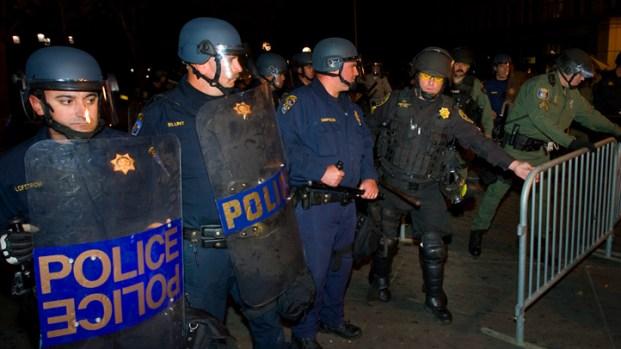 Dramatic Photos: Tear Gas Deployed in Oakland