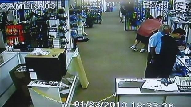 [MI] Man Caught on Camera Pocketing Tactical Knives from Pompano Beach Gun Shop