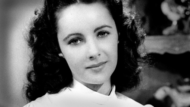 [NATL] Elizabeth Taylor: Her Life in Photos