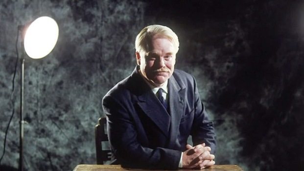 """[NATL] """"The Master"""" Footage Shows Philip Seymour Hoffman to Be an """"Inquisitve Man"""""""
