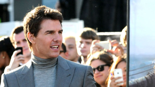 "[NBCAH] Tom Cruise Shuts Down Hollywood for ""Oblivion"" Premiere"