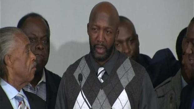 [MI] Trayvon Martin's Parents React to News Of George Zimmerman's Charge