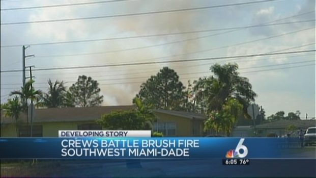 [MI] Crews Battle Brush Fire in Southwest Miami-Dade