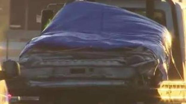 [MI] Four Vehicles Remain Under Collapsed Bridge