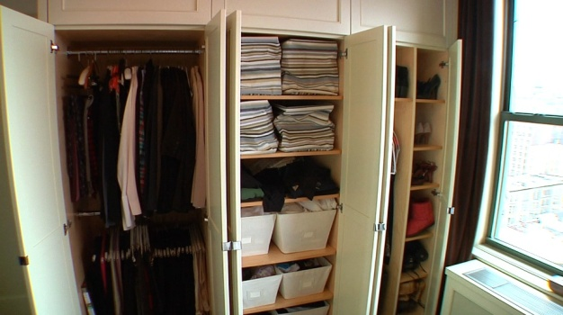 Tips of the Trade: Live Clutter Free in a Small Space
