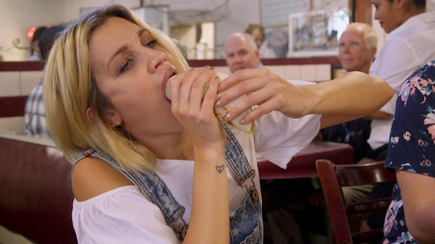 Daring Ashley Roberts to Stuff Her Face
