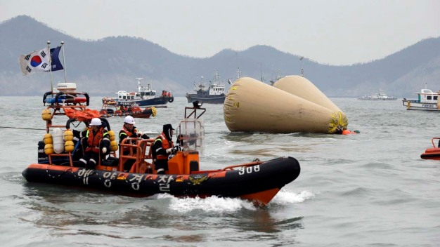 13 Bodies Found Inside Sunken S. Korean Ferry