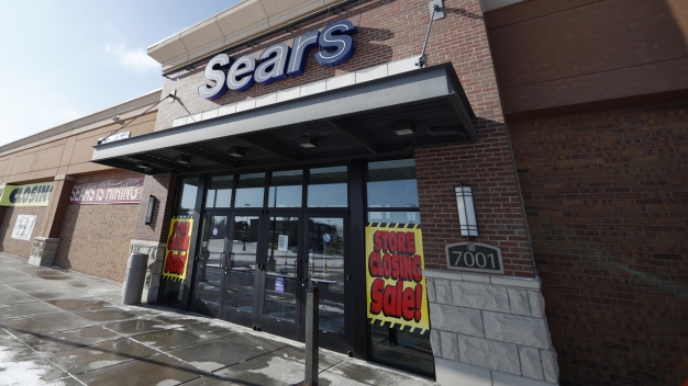 Sears' Chairman Stands at the Center of Fight for Company