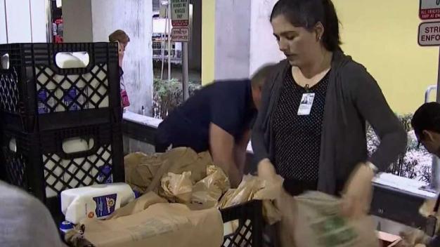 Food Donated to TSA Employees at MIA During Shutdown