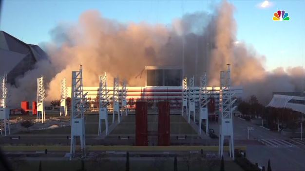 Georgia Dome Impodes in Plume of Smoke in Downtown Atlanta