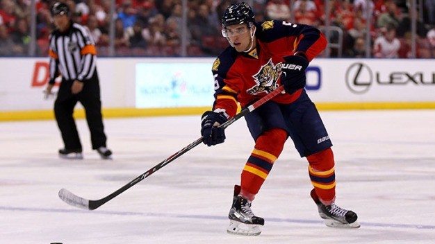 Panthers Agree on Eight-Year Extension With Ekblad