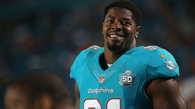 Dolphins Agree to Extension With Cameron Wake