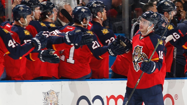 Panthers Sign Reilly Smith to Five-Year Extension