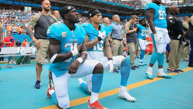 Dolphins' Gase Relaxed Anthem Rule: AP Source