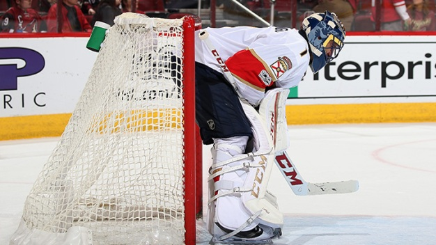 Panthers Allow Six Goals in Loss to Kings