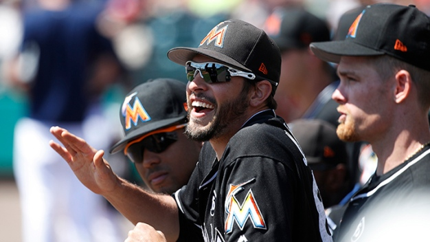 Marlins Score Early and Often to Beat Mets