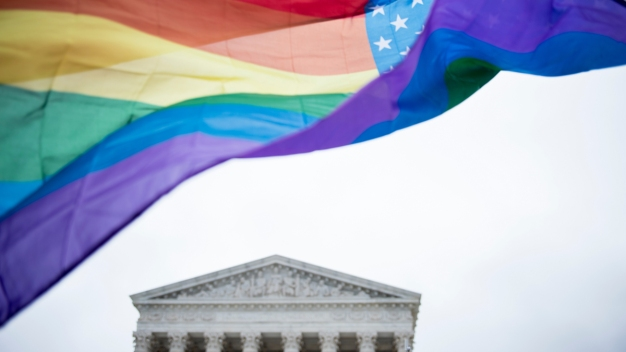 Supreme Court Seems Divided on LGBT Job Discrimination Case
