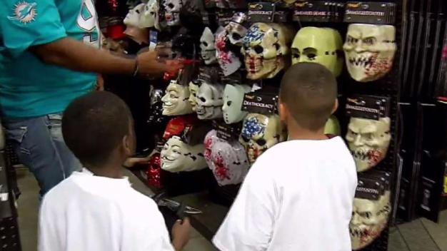 Miami Dolphins Go Costume Shopping With School Kids