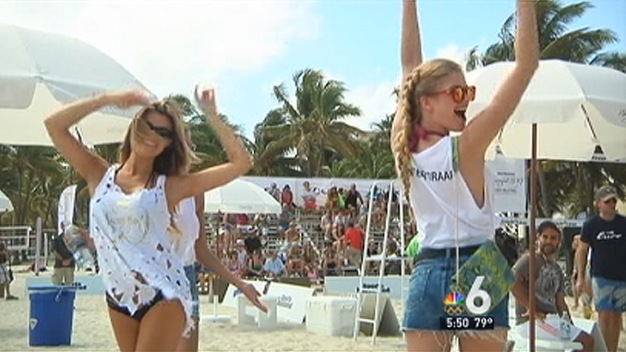 Swimsuit Models and Chefs Volley for Charity at SoBe WFF