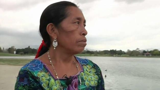 Indigenous Woman to Run LA Marathon in Traditional Clothing