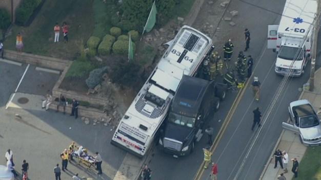 28 Injured in Multi-Vehicle Crash in Pennsylvania