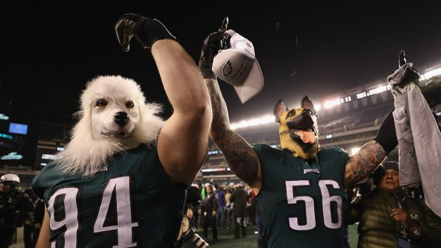Proceeds From Eagles' 'Underdog' T-Shirts To Go to Philly Schools