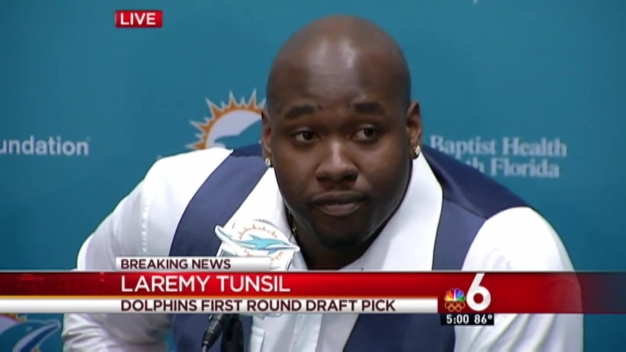 Dolphins' Draft Pick Tunsil Meets With Media