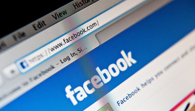 Facebook Issues Briefly Affect Some Pages