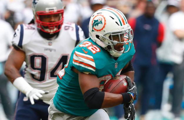 Dolphins' Drake Offers Deal for Return of Game-Winning Ball