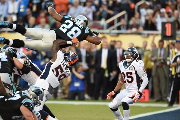 Top Super Bowl 50 Social Media Moments