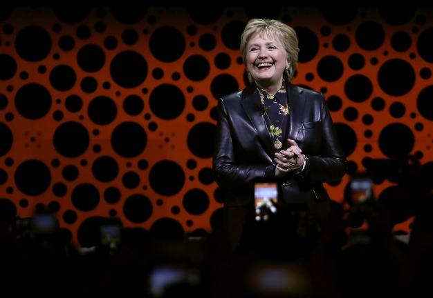 Clinton Jabs Trump in First Major Post-Election Speech
