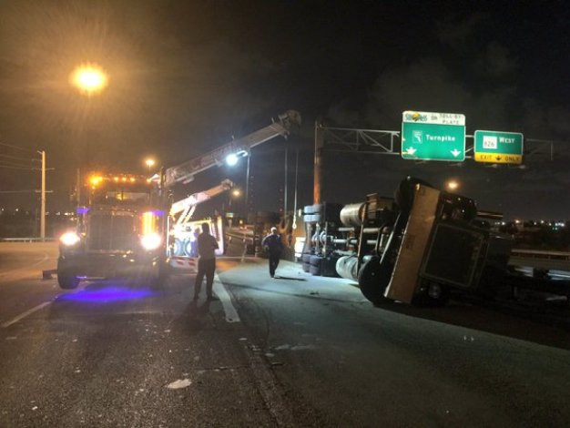 Messy Monday Commute: Overturned Truck on I-95 in M-D
