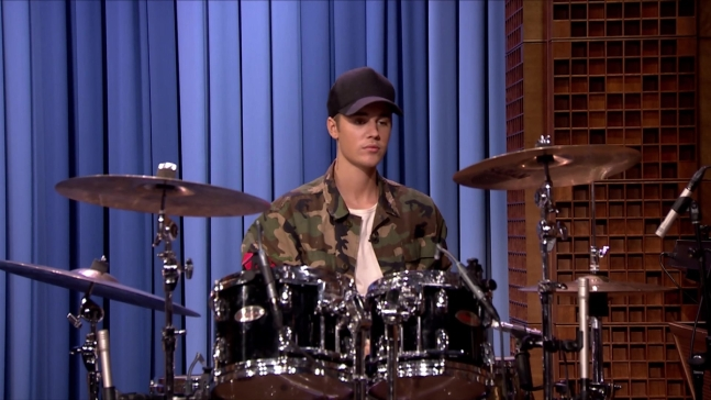 'Tonight Show': Justin Beiber, Questlove Drum-Off