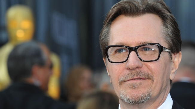 Gary Oldman Apologizes for Defending Mel Gibson, Alec Baldwin