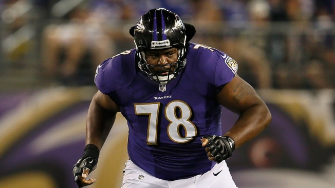 Dolphins Trade for Bryant McKinnie: Report