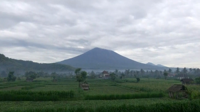 Indonesian Volcano Reportedly Ready to Erupt