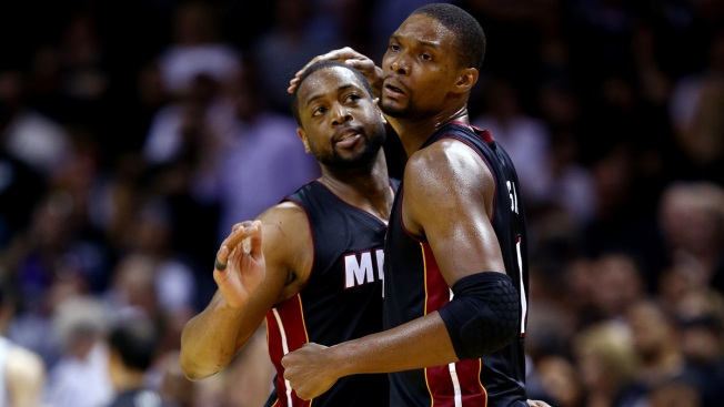Wade, Bosh to Take Large Pay Cuts: Report