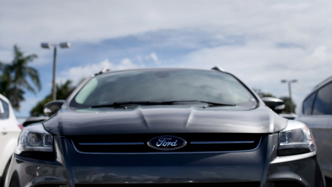 Ford Recalls Almost 1.4M Cars; Steering Wheel Can Come Loose