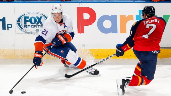 Florida Panthers Stop Islanders' Surge With 4-2 Victory