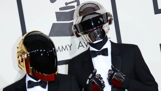 """Jay Z and Daft Punk's Unreleased """"Computerized"""" Surfaces On Internet"""