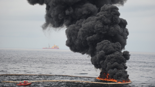 Cuba, US Sign Deal on Oil-Spill Prevention