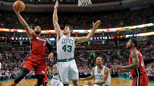 Rondo's 2 Late Baskets Lift Boston Celtics Over Miami Heat 101-96